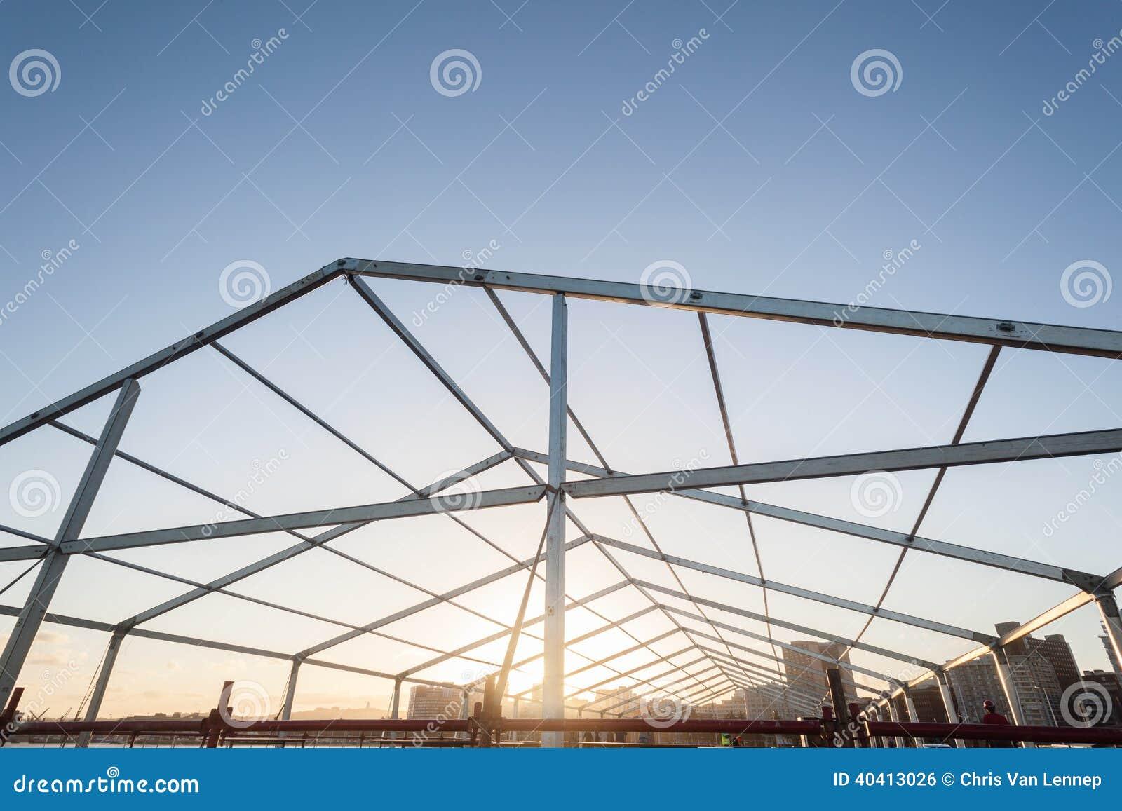 Metallbau-Rahmen-Mobile-Zelt Stockfoto - Bild von beweglich ...