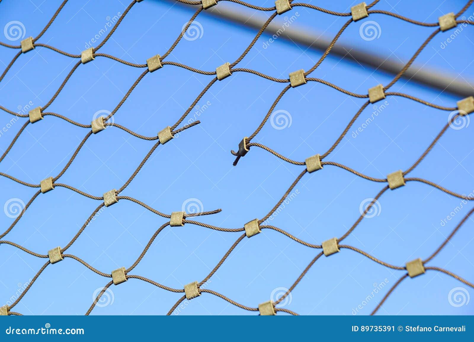 metalldraht-zaunschutz chainlink hintergrund stockbild - bild von