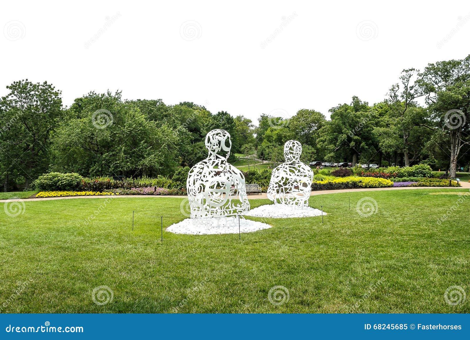 Metallskulpturen redaktionelles bild bild von metall for Metallskulpturen garten