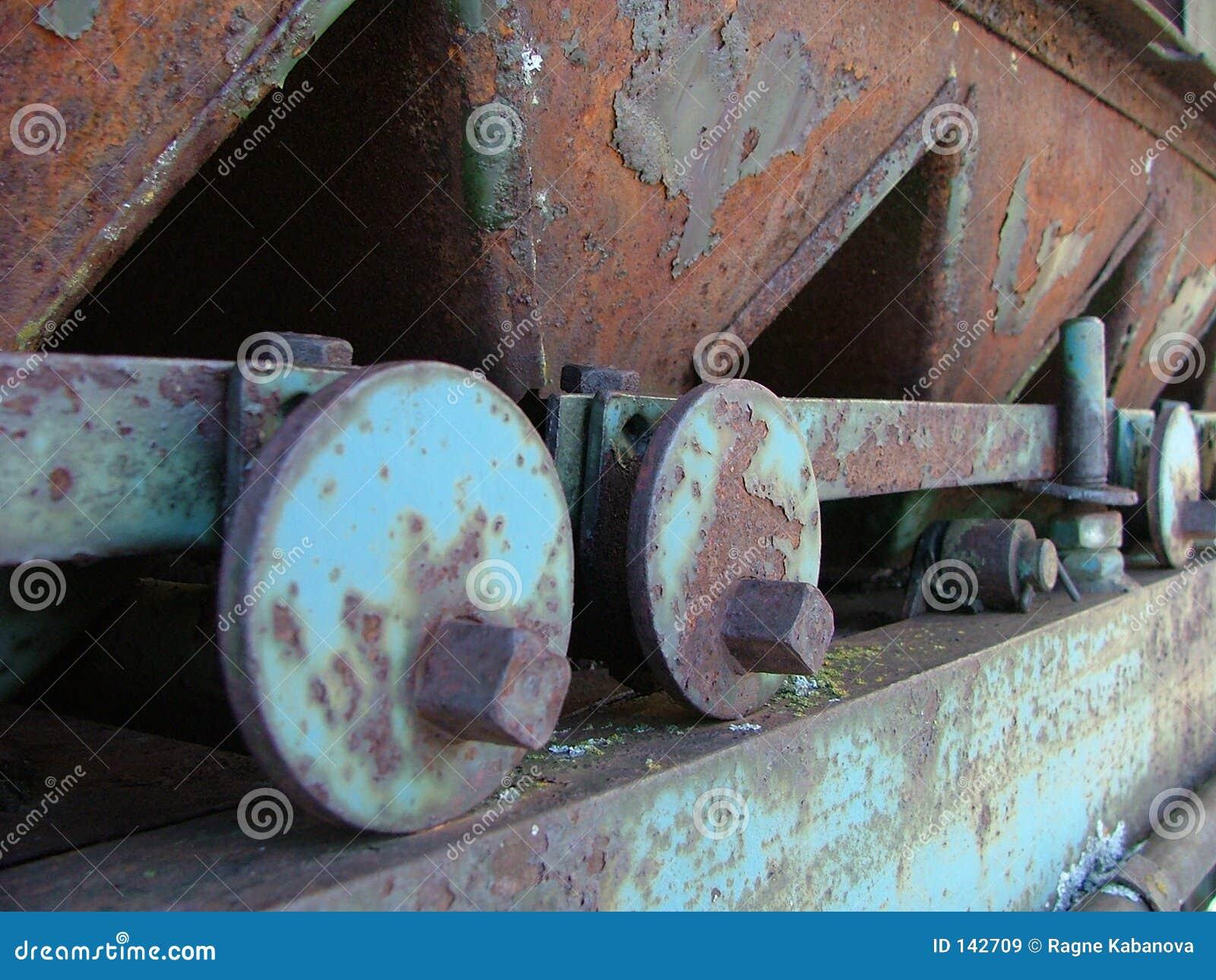 Metalowe maszyn rdzewiejący