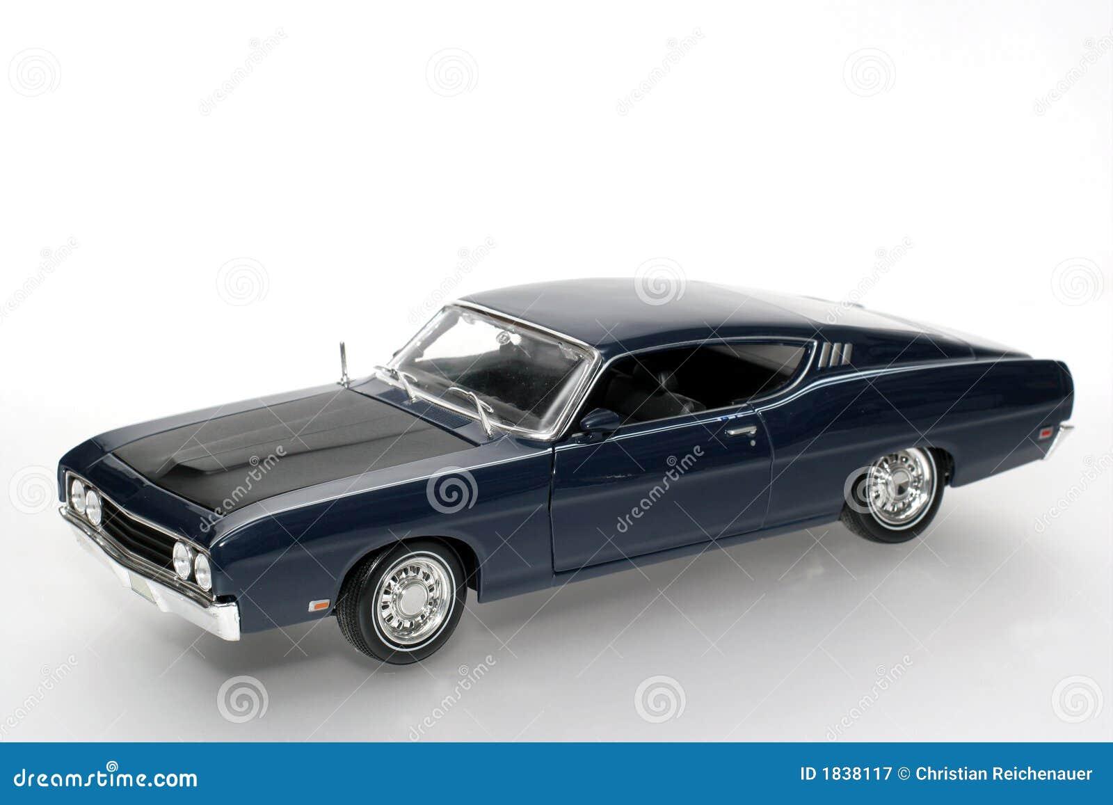 Metalskala Spielzeugauto 1969 Ford Torino Talladega 2 Stockbild Fairlane Muscle Cars Download Bild Von Montieren