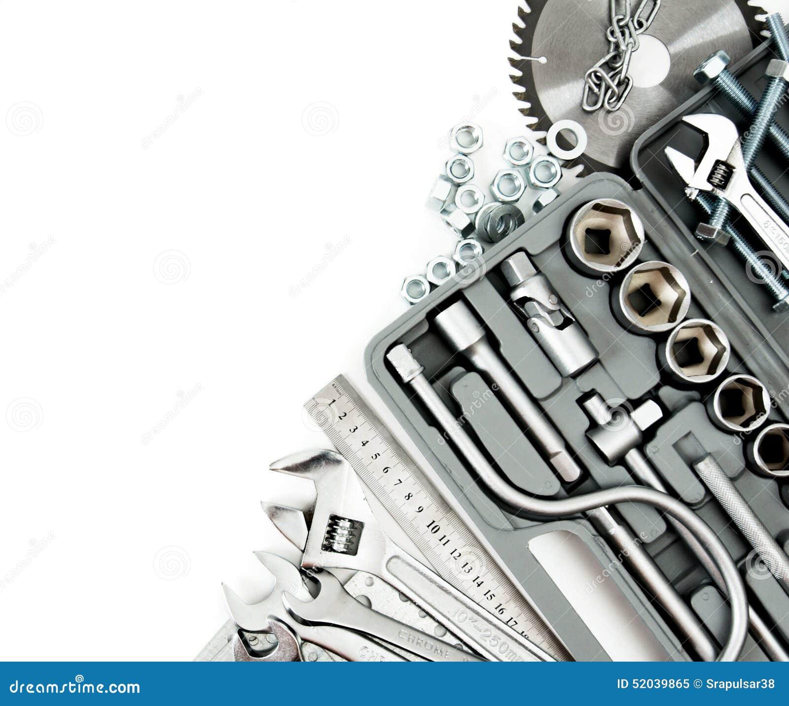Metalwork Boîte, scie, clé et d autres outils dessus