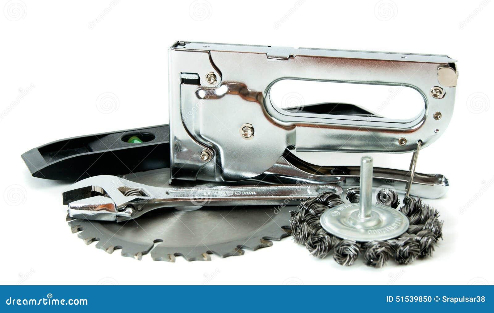Metalwork Scie, clé et d autres outils sur le blanc