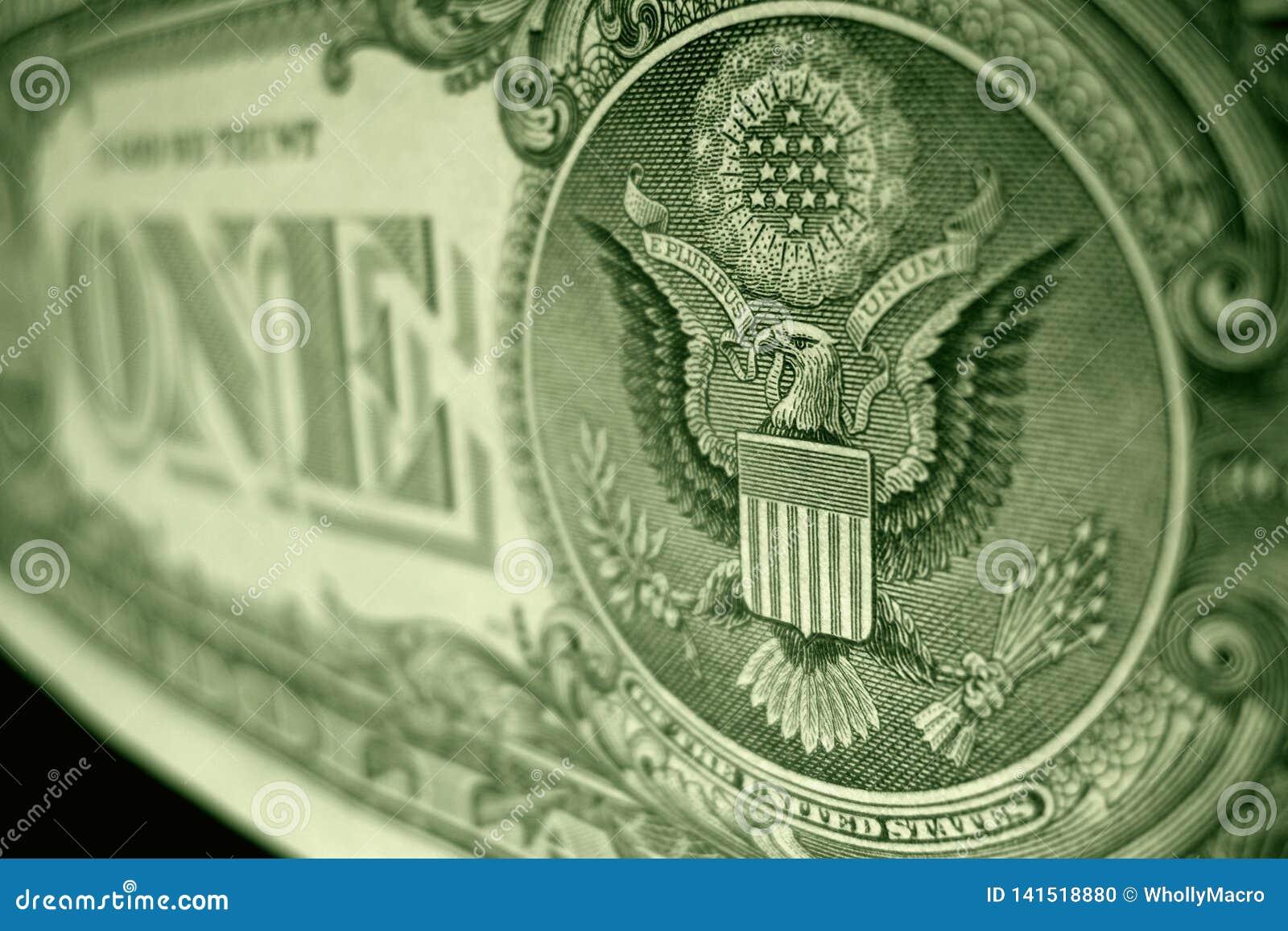 Metat grunt fokusskott av den stora skyddsremsan, på den amerikanska en dollarräkningen