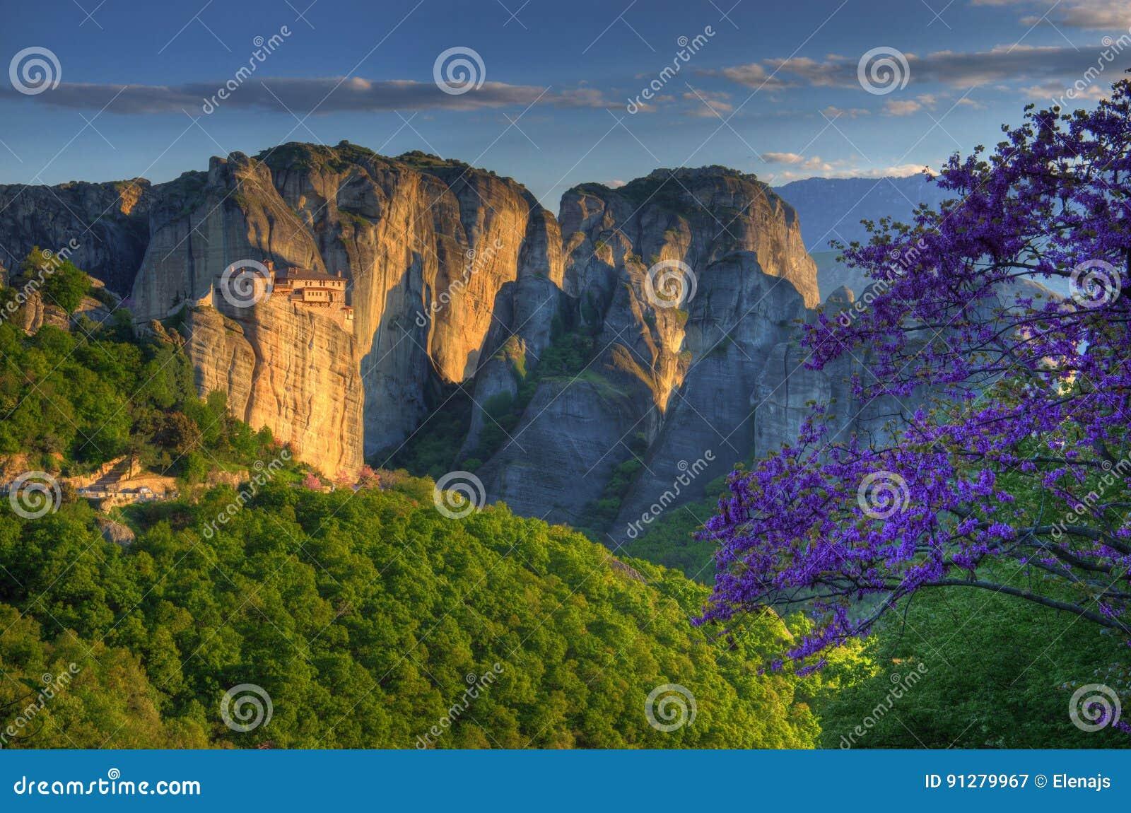 Meteora Grekland - fjädra bilden, kloster Roussanou