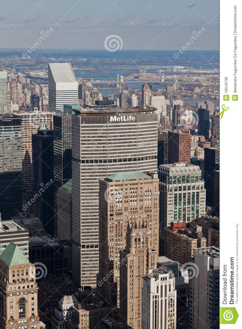 Metlife Building And New York Cityscape Editorial Stock Photo ...