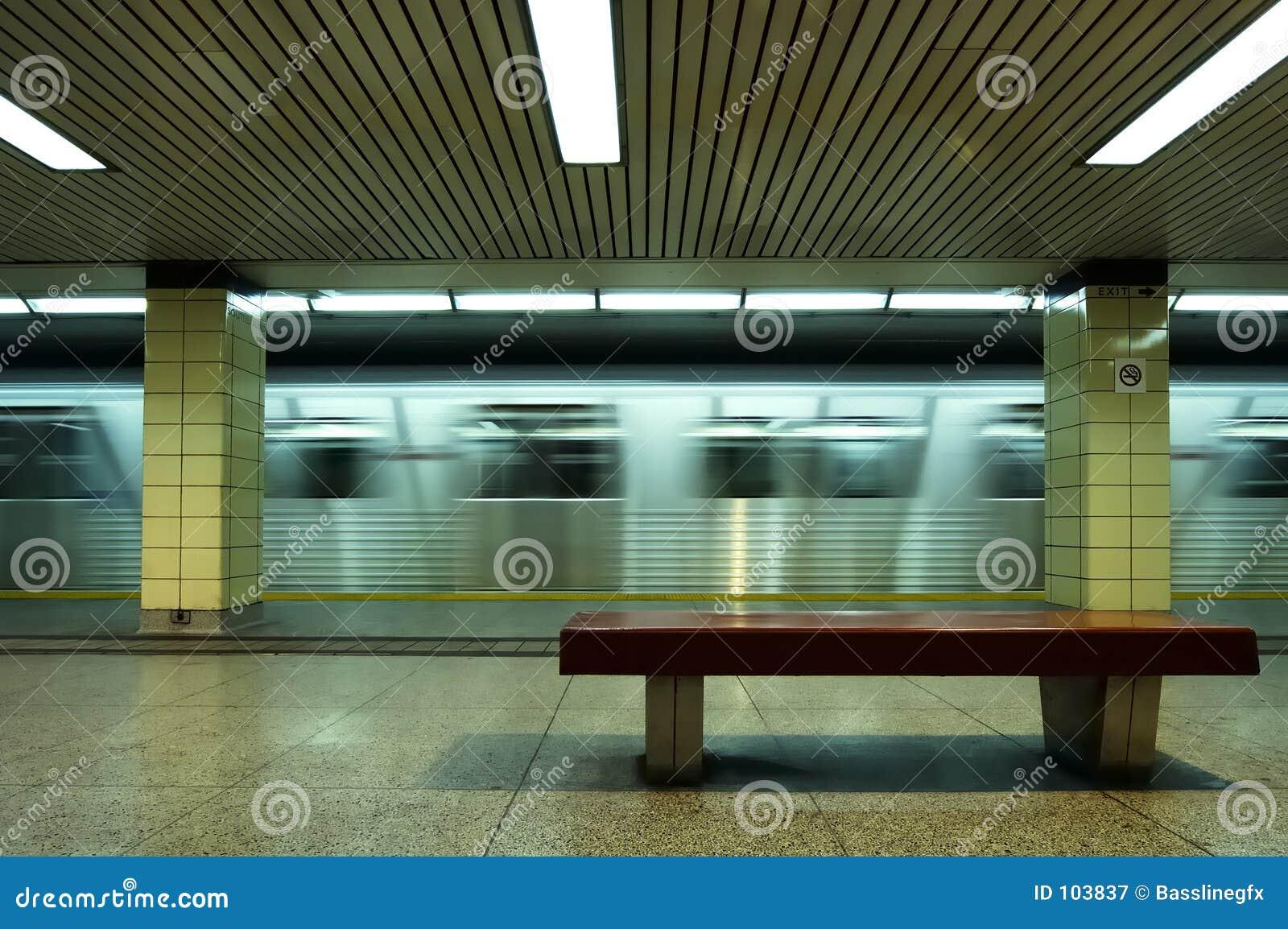 Metro Sideview