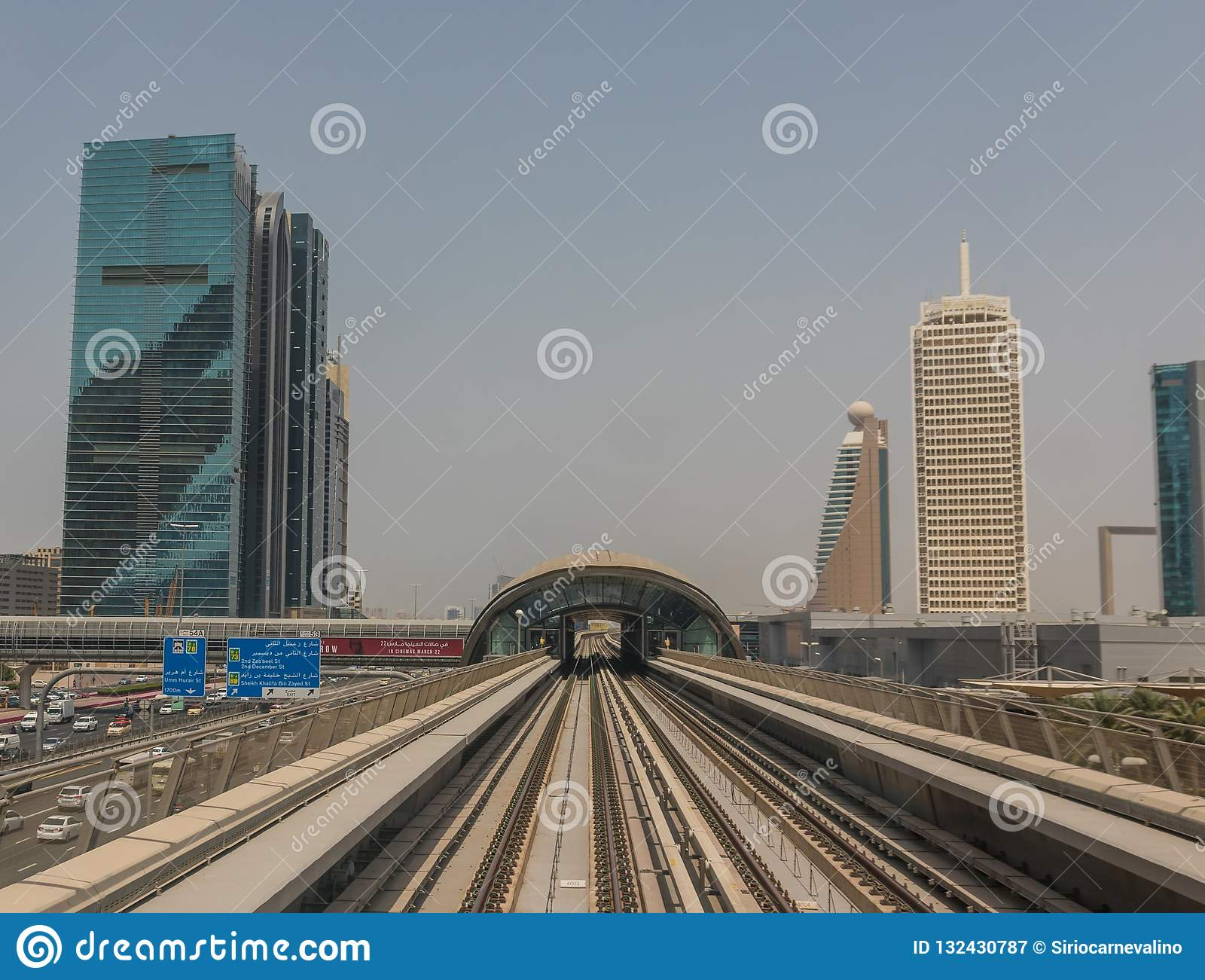 The Metro System Of Dubai, UAE Editorial Photography - Image
