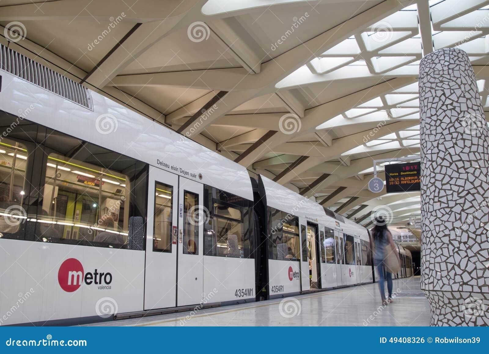 Download Metro Valencia redaktionelles foto. Bild von untergrundbahn - 49408326