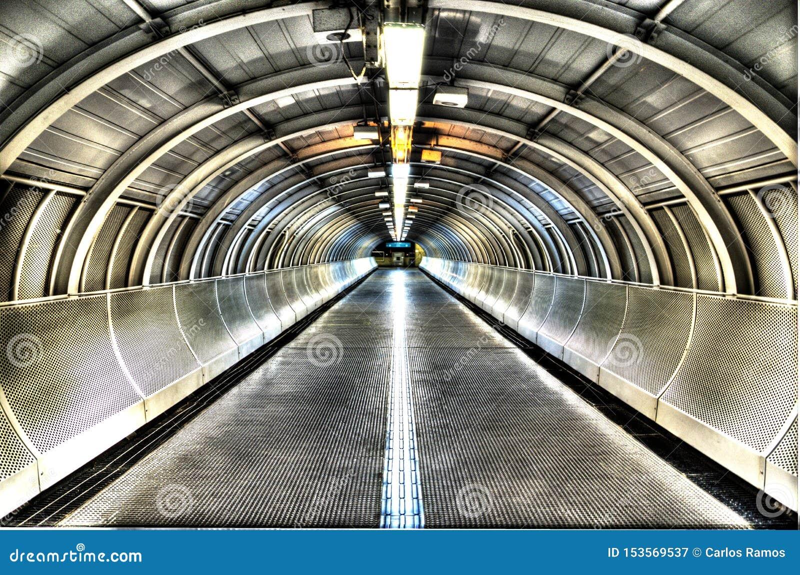 Metro van HDR Sao Paulo post