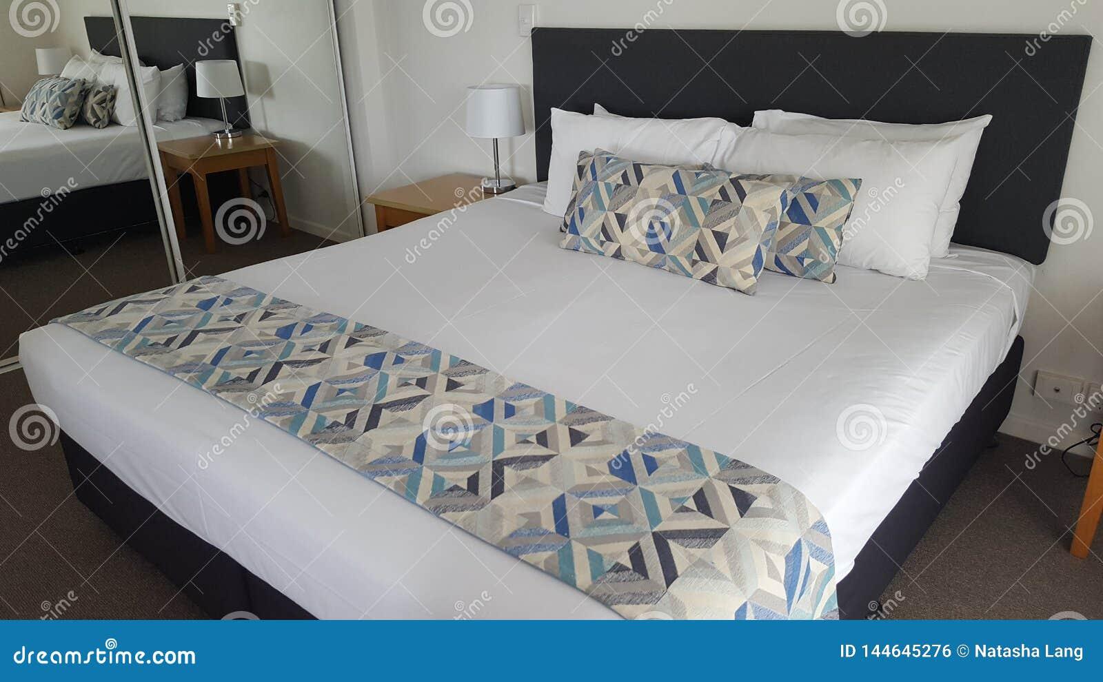 Meu quarto bonito em um apartamento fabuloso em Alpha Sovereign Resort bonita, surfistas Paradise, Queensland, Austrália