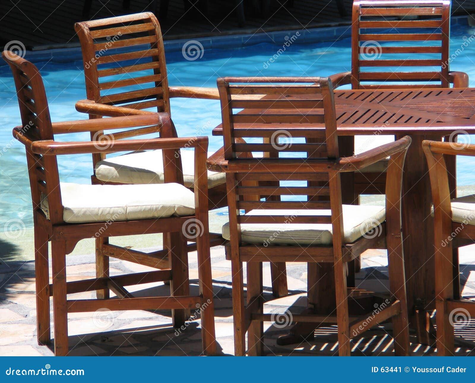Download Meubles image stock. Image du natation, table, présidence - 63441