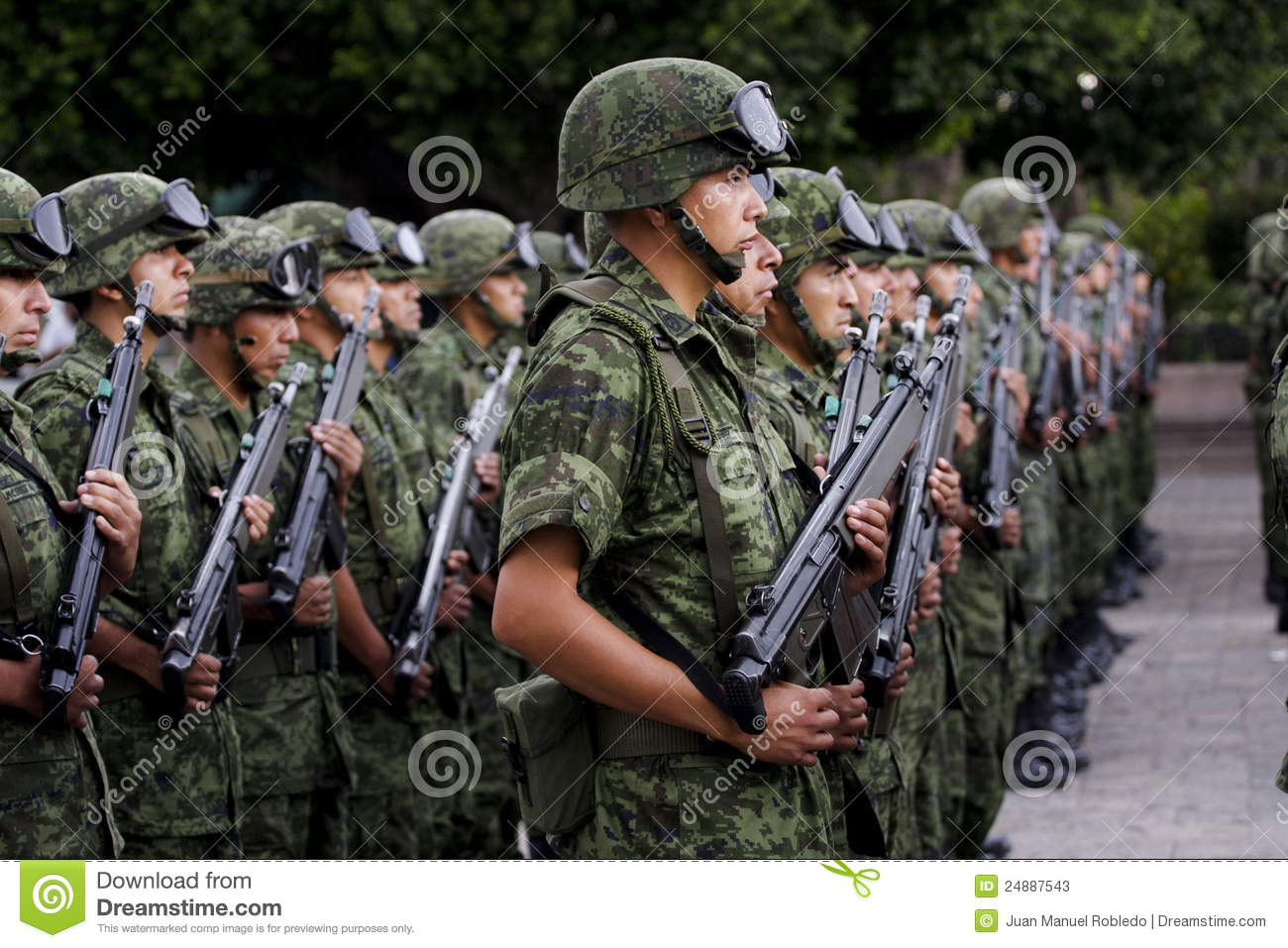 Mexican Army soldiers in training, during a civic ceremony in central ...