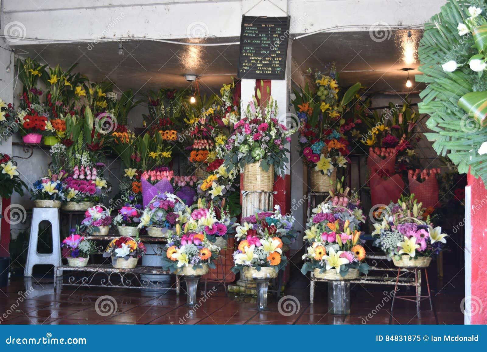 Mexican flower shop stock image image of store tienda 84831875 mexican flower shop izmirmasajfo