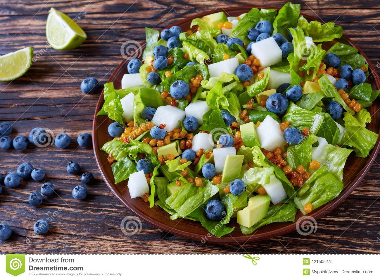 Mexican Salad with jicama and berries