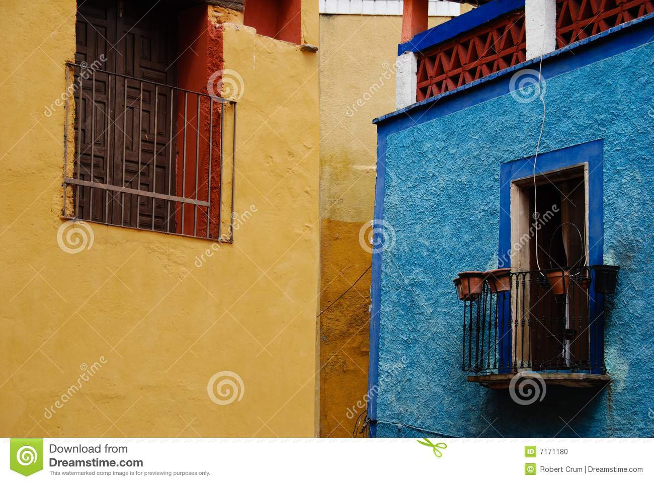 Mexican windows stock photo image of entrance portals for Remodelacion de casas