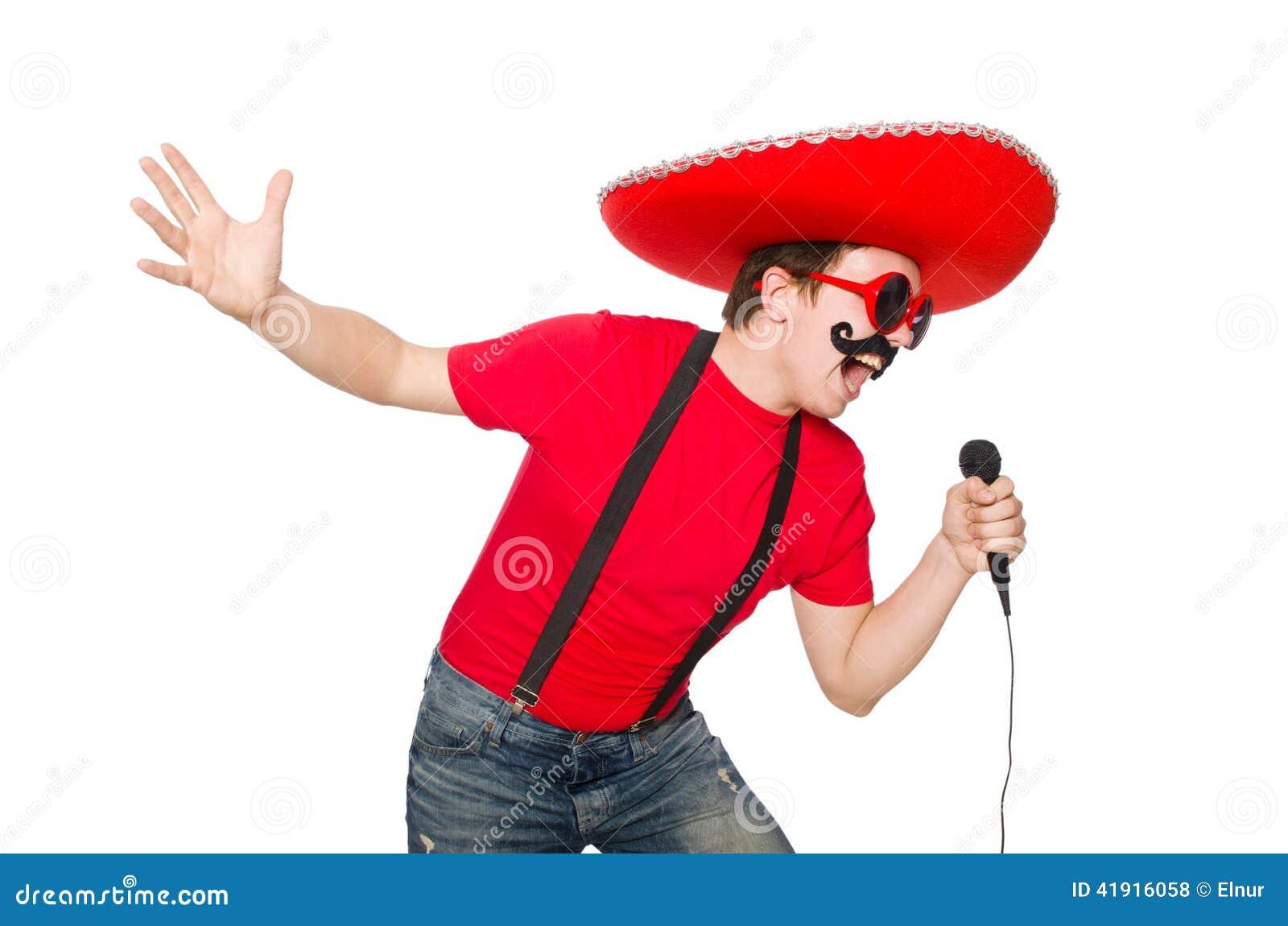 Mexicano divertido con el mic aislado