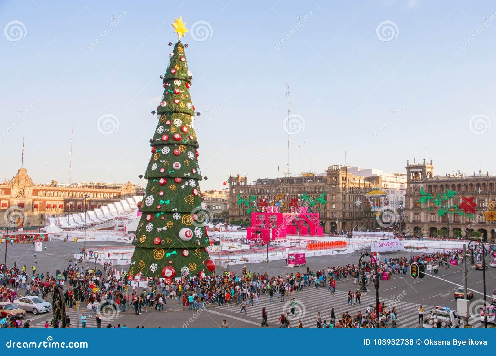 Christmas Ice Skating Rink Decoration.Christmas Tree And Ice Skating Rink On Zocalo Mexico City