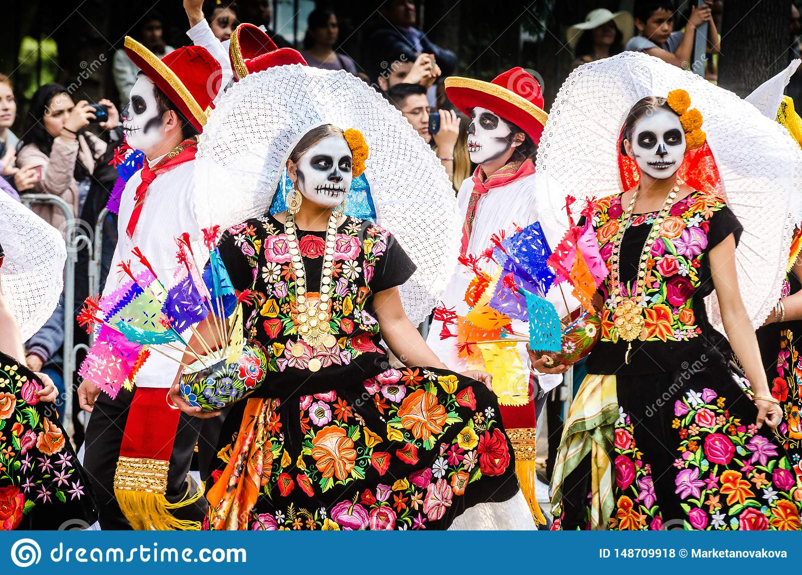 Mexico City Mexico October 27 2018 Celebration Of Day Of Dead Parade Editorial Stock Photo Image Of Feathers Costume 148709918