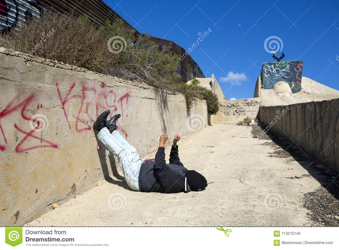 Mexico - Tijuana - The Wall Of Shame Editorial Image - Image of wait ... ac5d8629a76