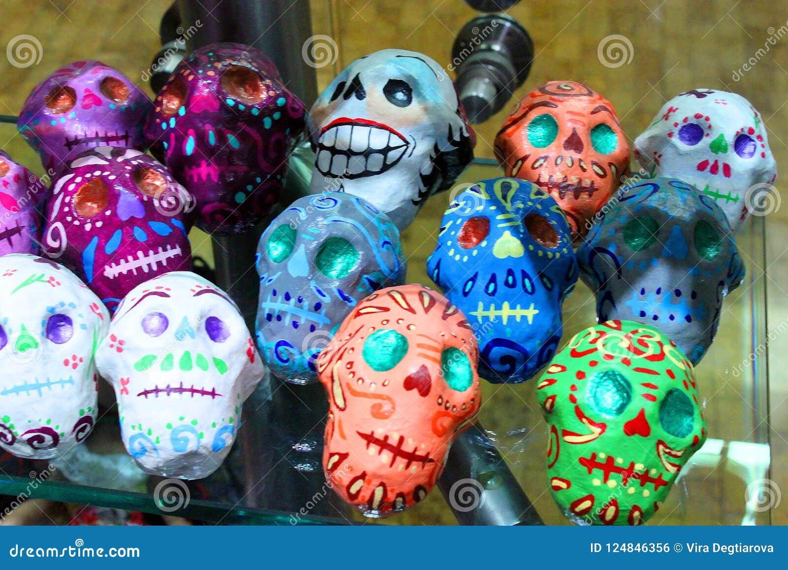Mexikanischer bunter Tag Schädelskeleton Dias de Los Muertos des Todes tot