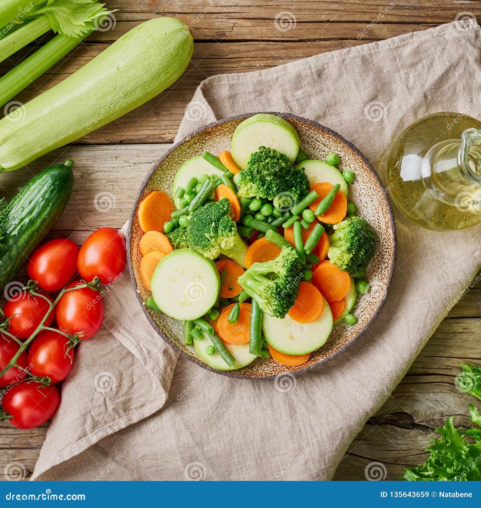 calorias brocoli y zanahoria al vapor
