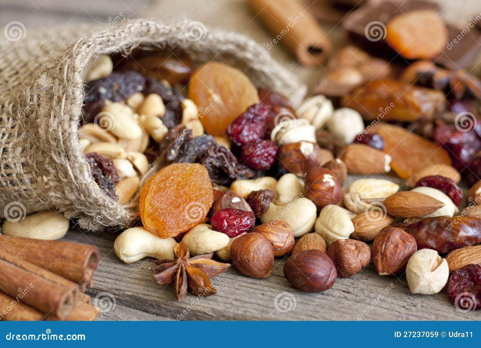Mezcla Nuts y secada de las frutas