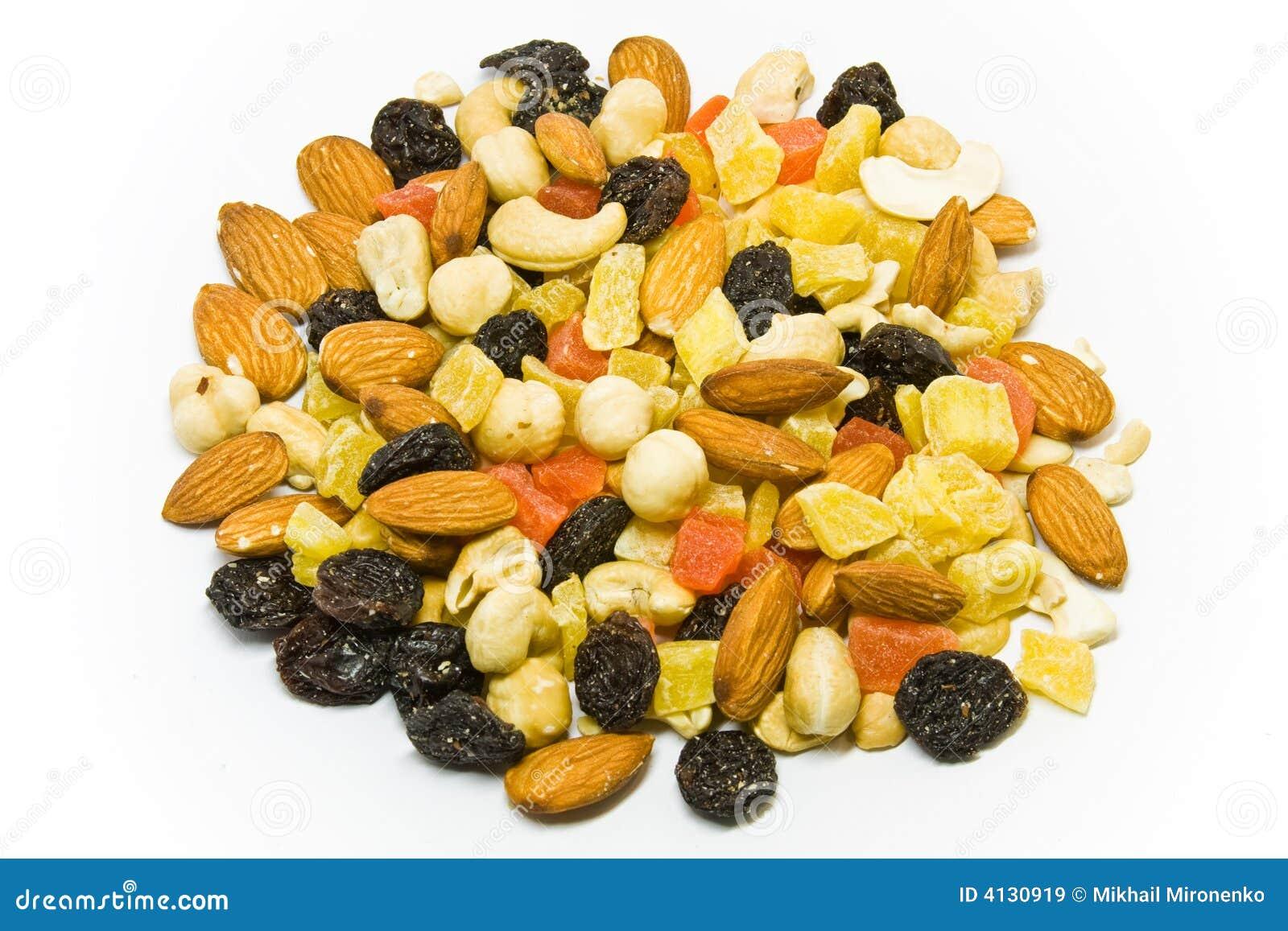 Mezcla secada de las frutas y de las tuercas