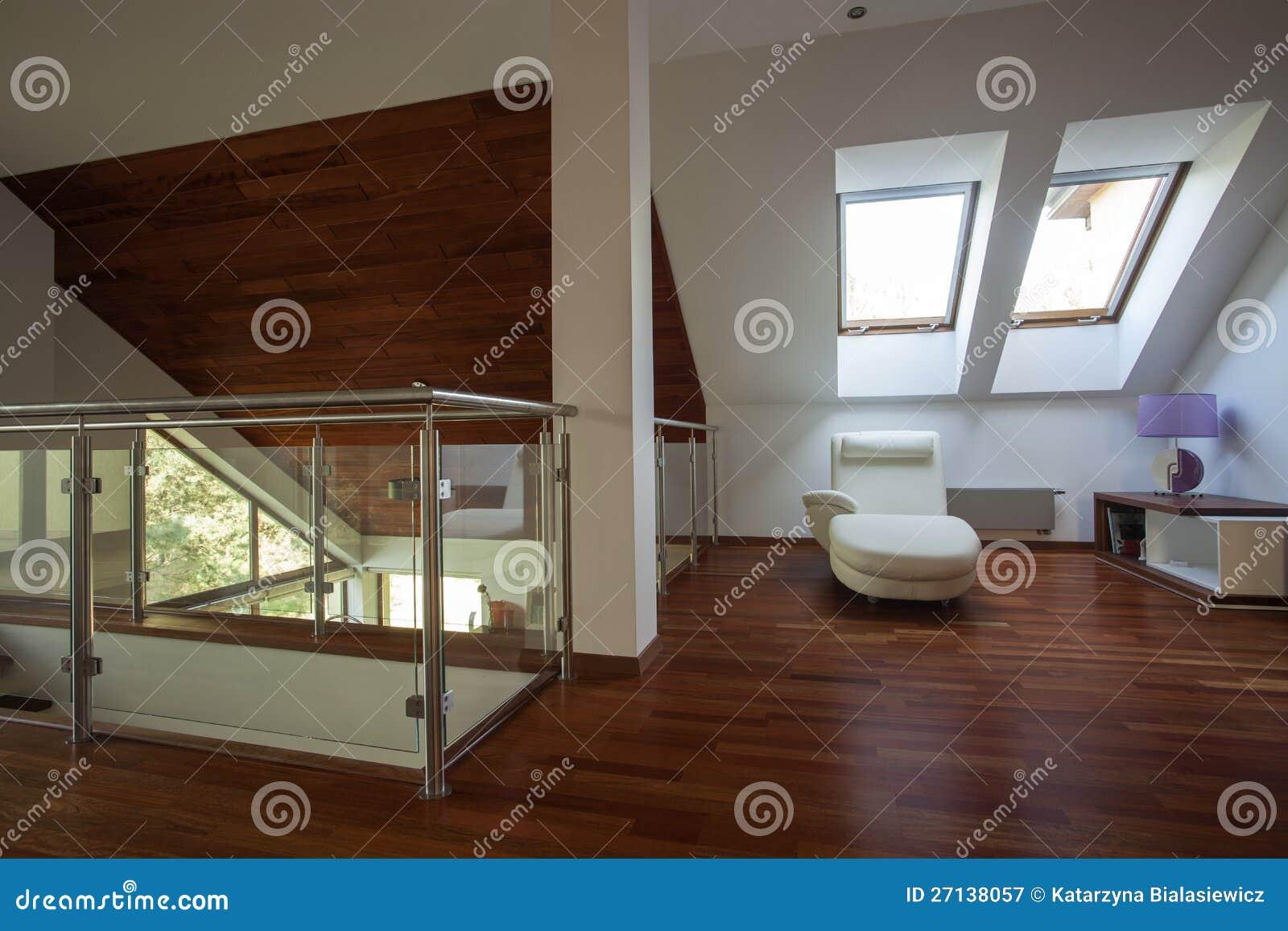 Mezzanin In Einem Modernen Haus Stockbild - Bild von luxuriös, glas ...