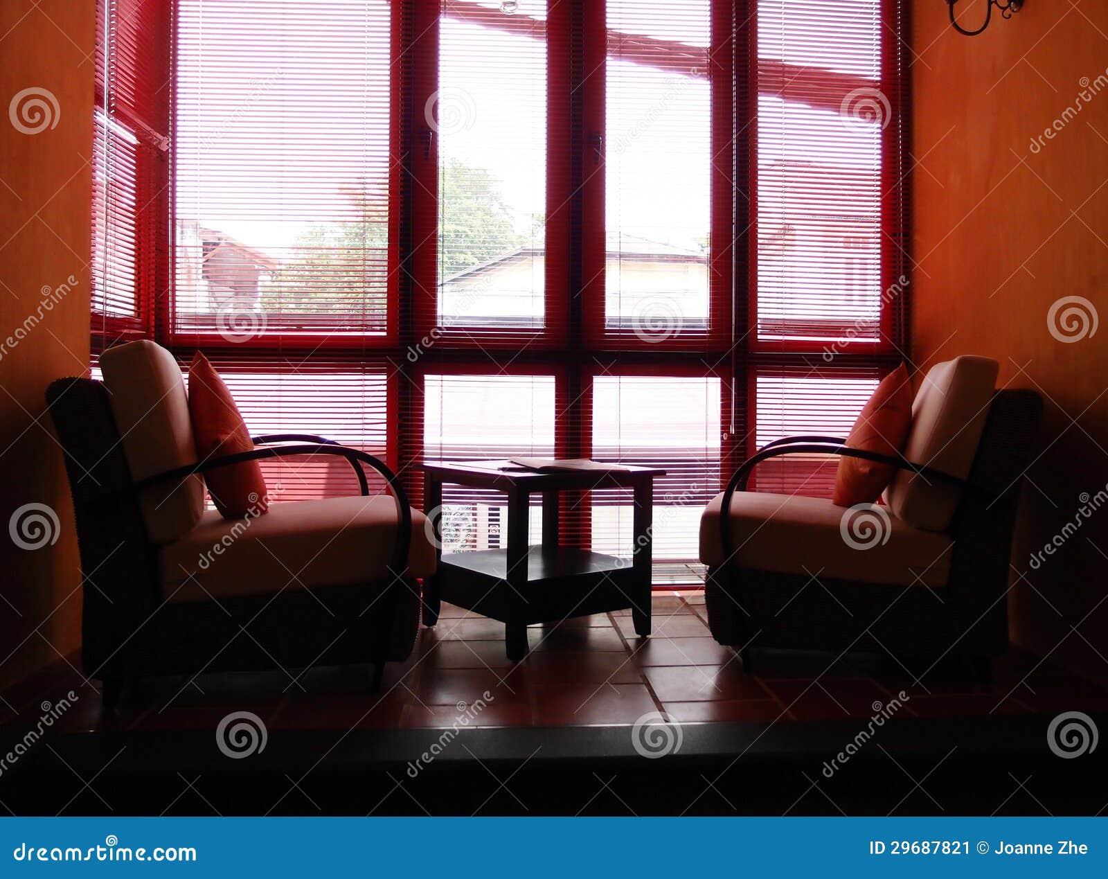 Mezzanine geleverde ruimte lange vensters stock - Foto mezzanine ...