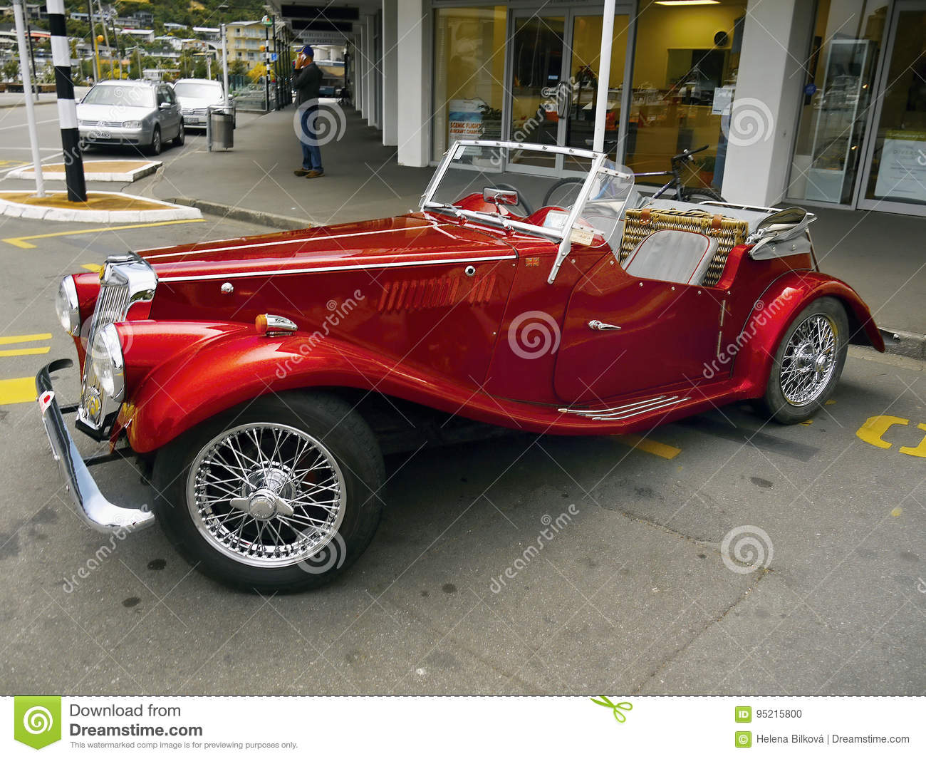 MG, Vintage Cars, Sports Cars Editorial Image - Image of retro, cars ...