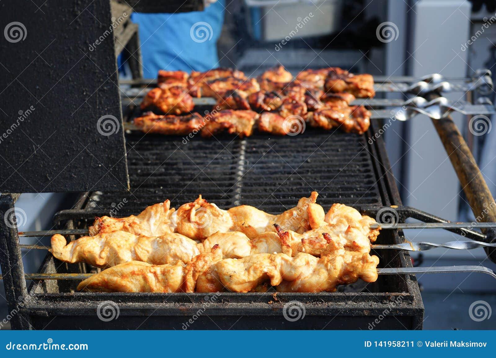 Mięso gotuje piec na grillu Grill na węglach