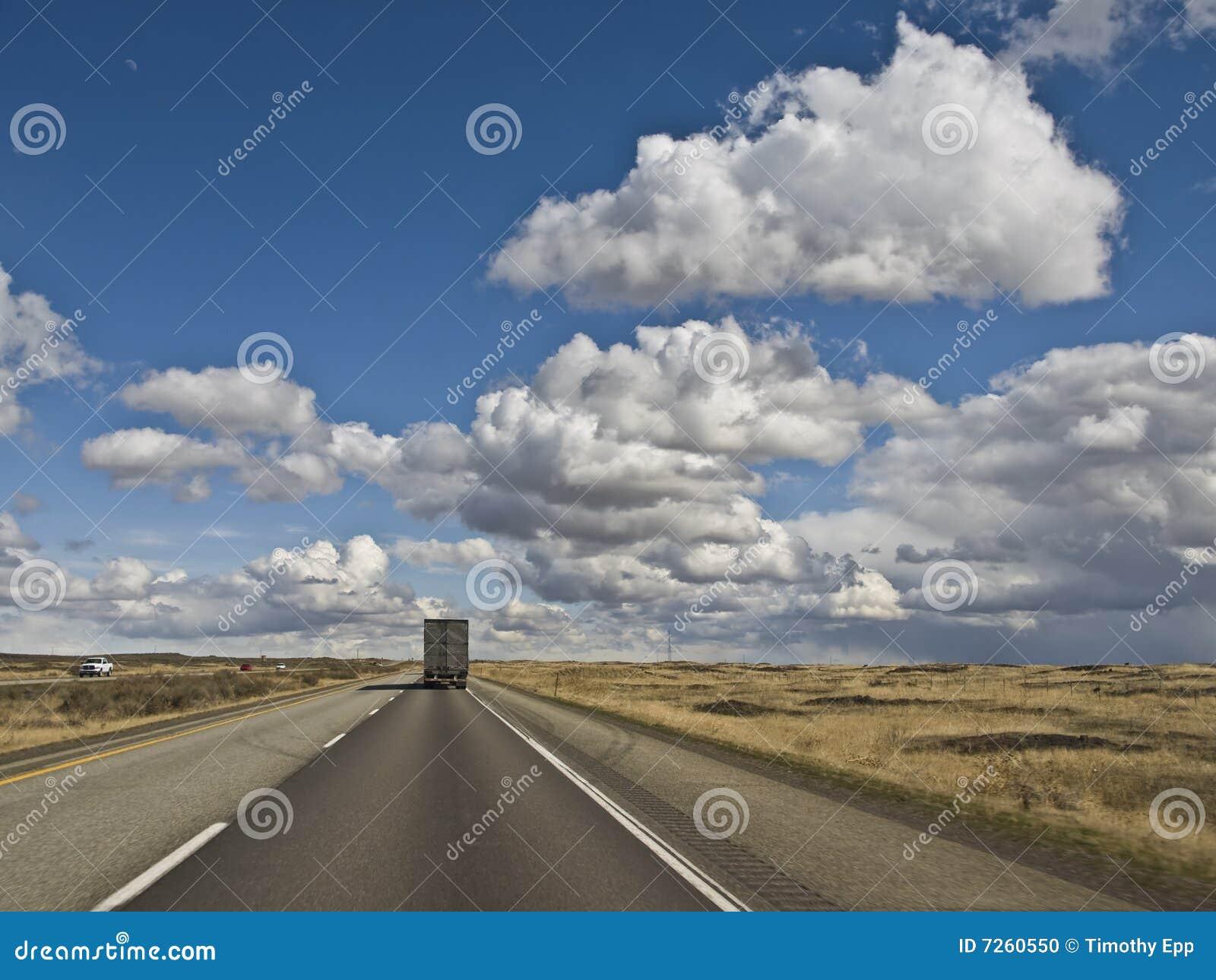 Międzystanowa ciężarówka międzystanowy