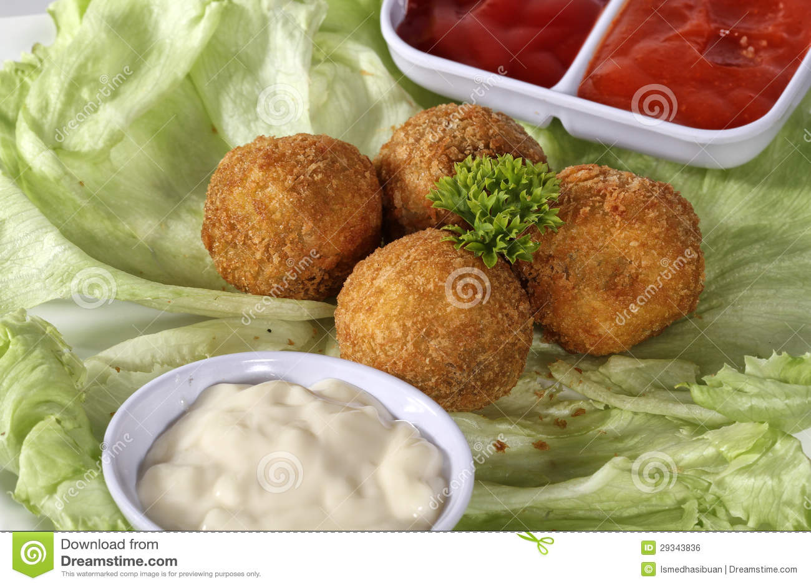 Mięsna przekąski piłka, kumberlandy i