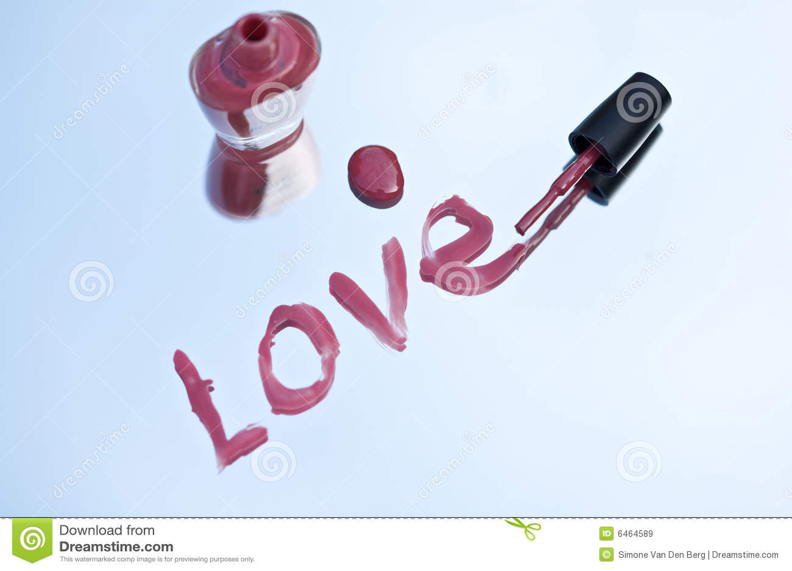 Miłość nailpolish