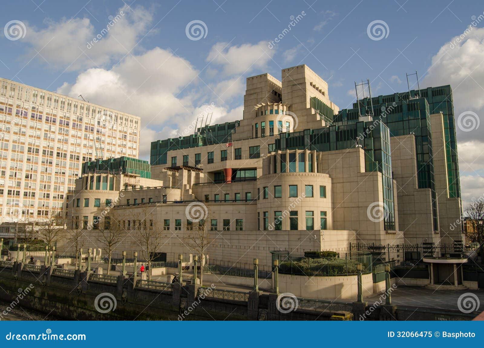 Google Hoofdkwartier Londen : Mi6 hoofdkwartier londen stock afbeelding. afbeelding bestaande uit