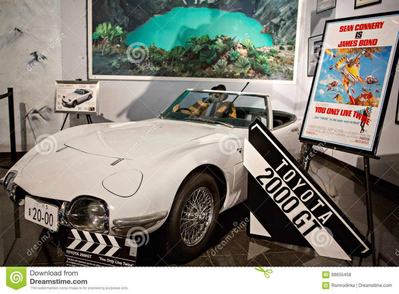 Miami auto museum exhibits a collection of vintage and for Wing motors automobiles miami fl