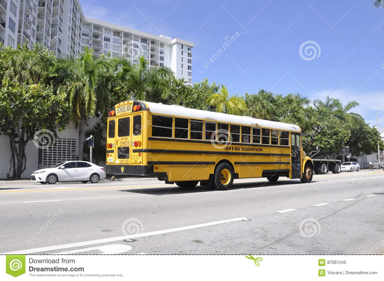 Miami Beach Fl August 09th School Bus Downtown Miami Beach In Florida Editorial Image Image Of Hotel Beautiful 87061245