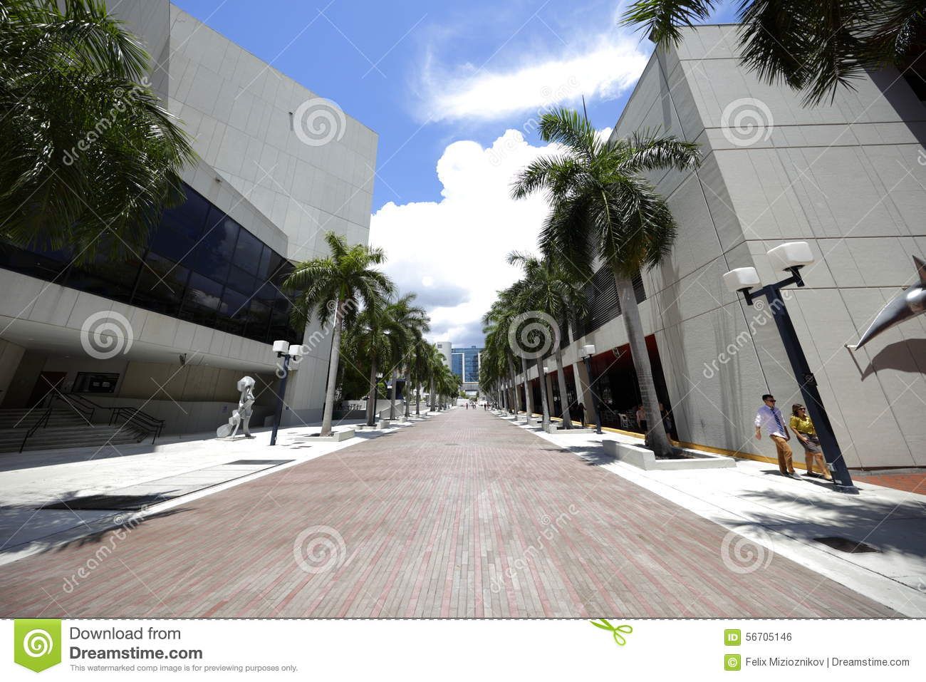 Miami Dade Community College Editorial Photo - Image of angle, wide