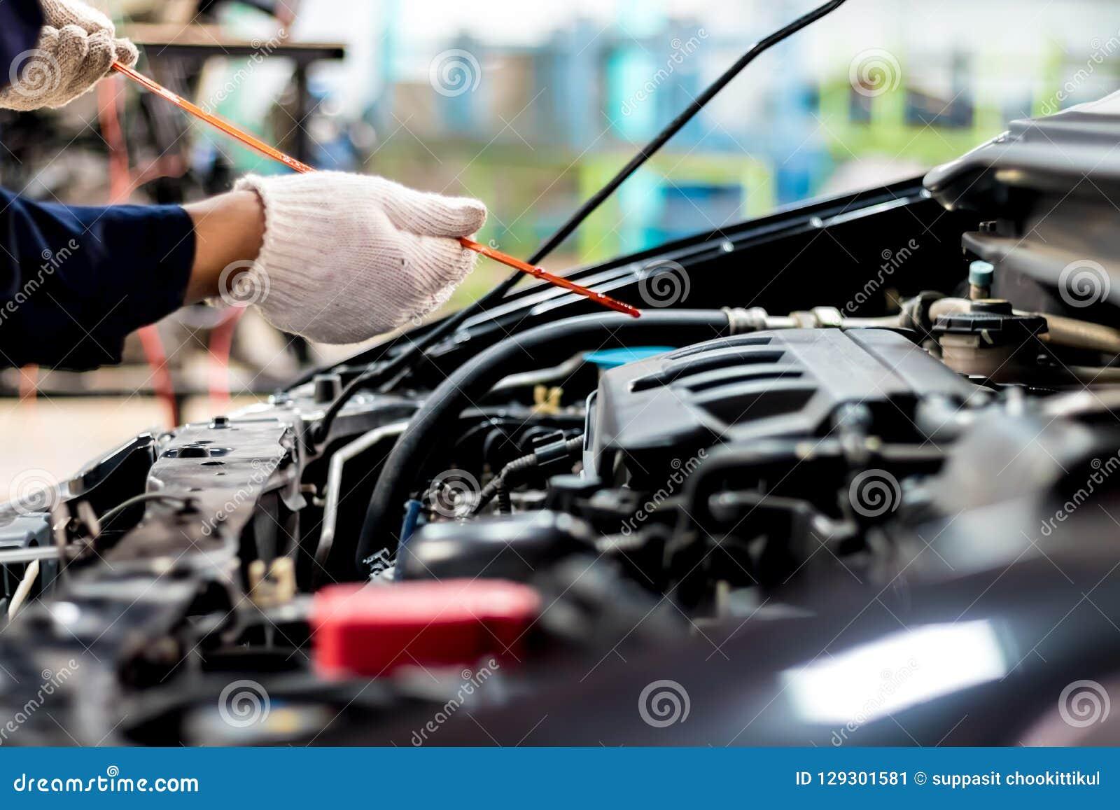 Miarowa samochodowa opieka robi samochodowemu use