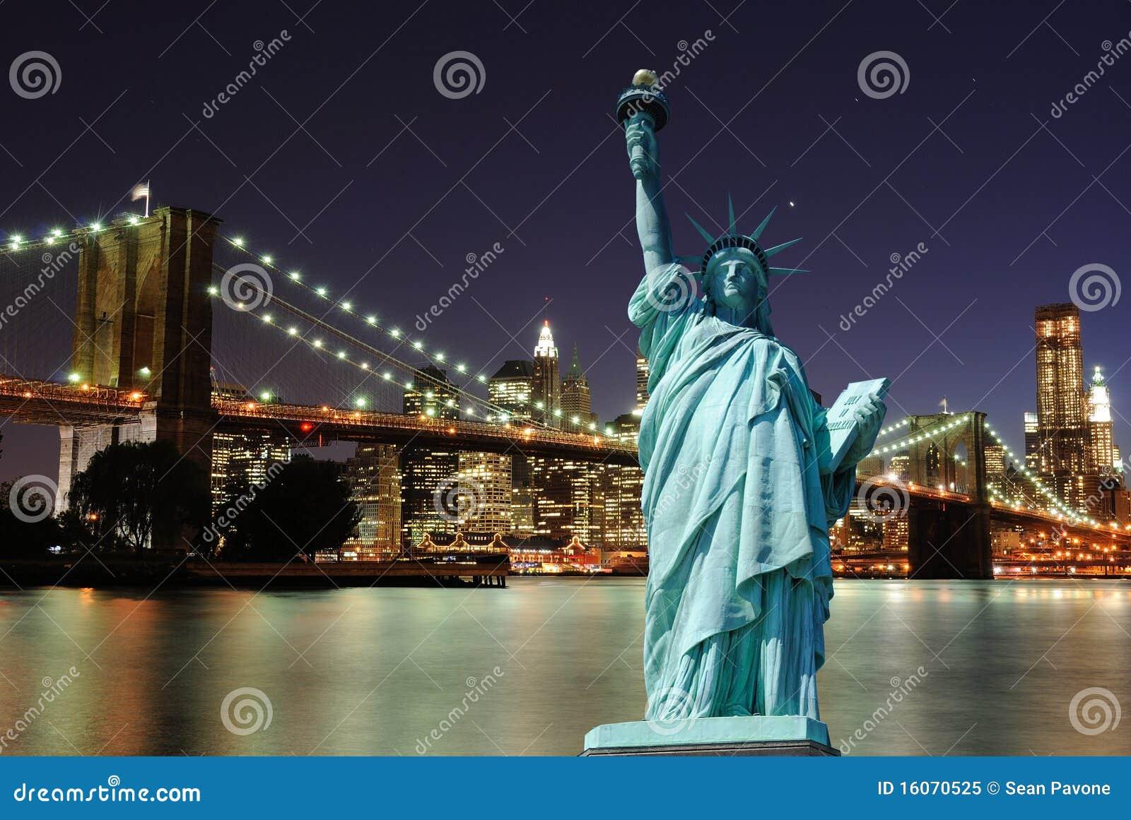 Miasta swobody nowa linia horyzontu statua York