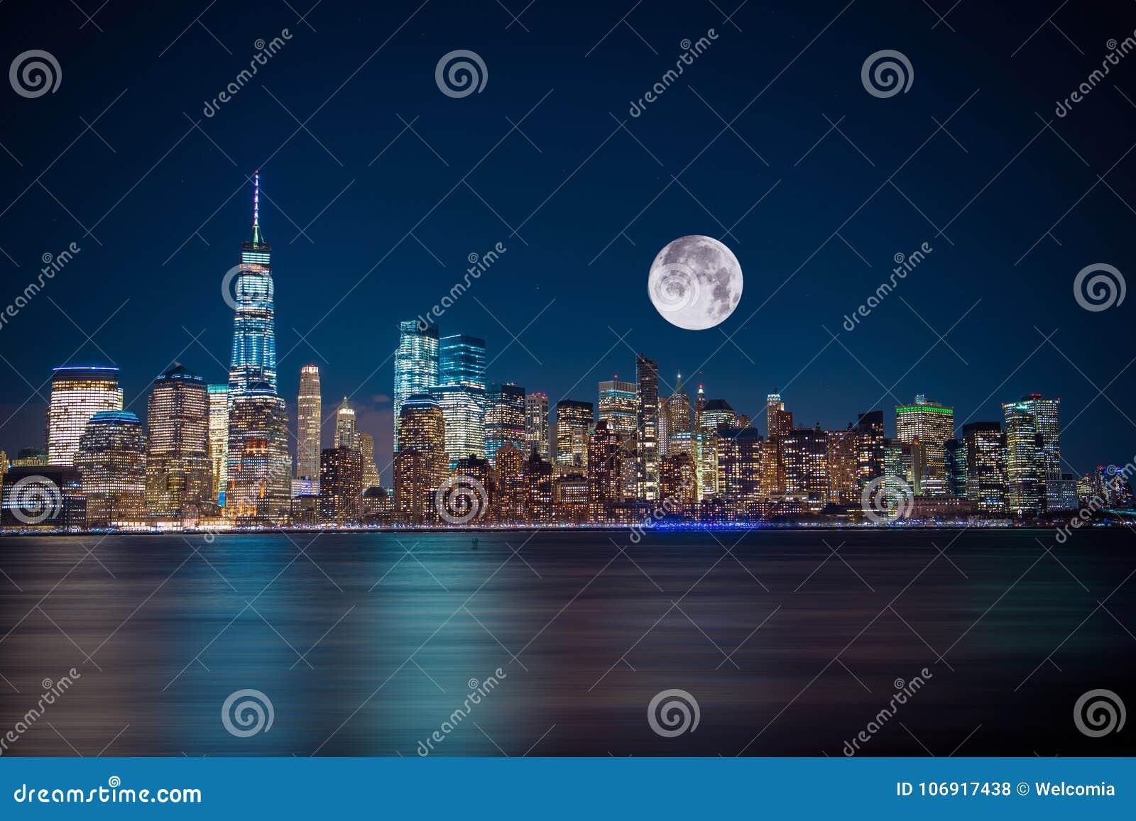 Miasto Nowy Jork blask księżyca