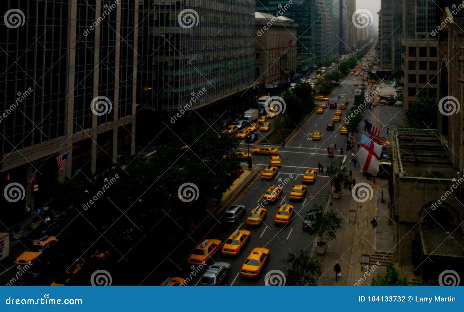 Miasto Nowy Jork, Park Avenue, żółte taksówki