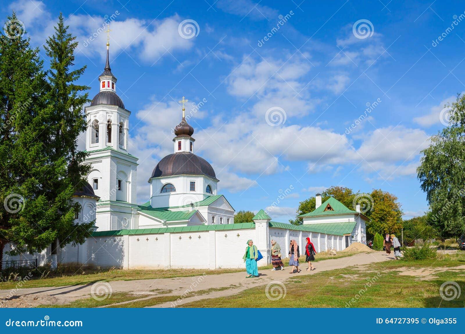 Michael de Aartsengelkerk in Lazarevo dichtbij Murom, Rusland
