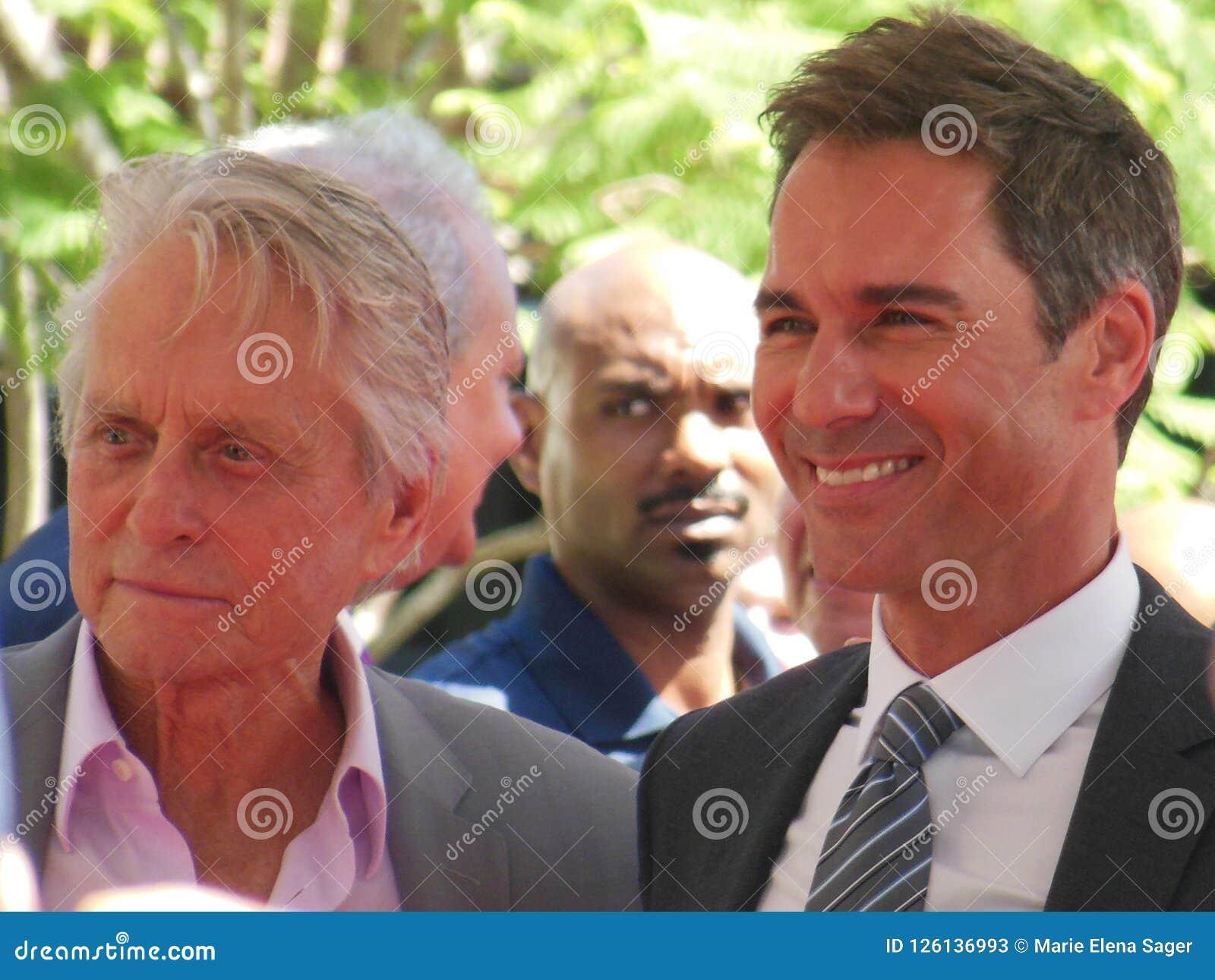 Michael Douglas i Eric McCormack Hollywood spacer sława