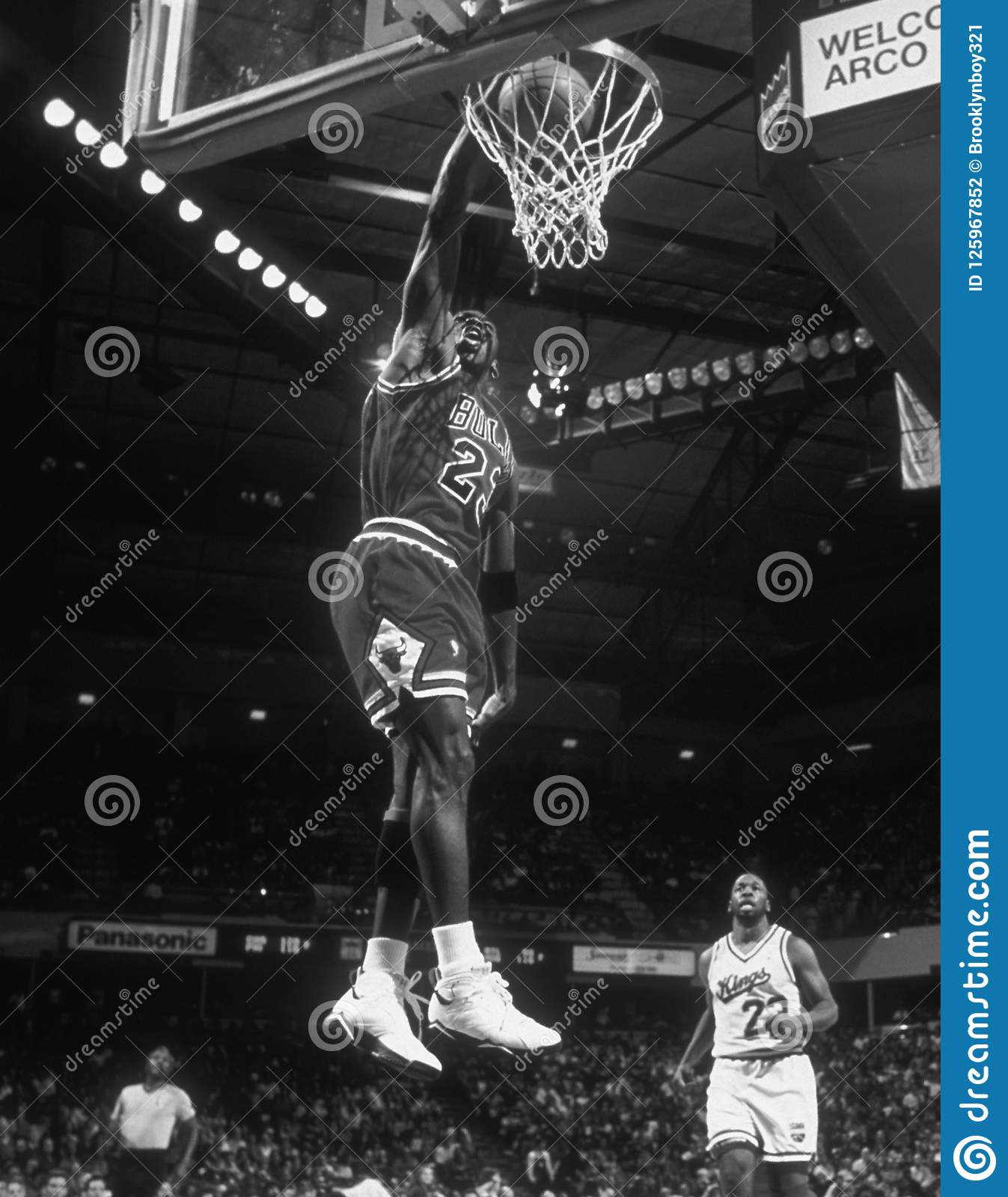 Michael Jordan Hall of Fame player for the Chicago Bulls in game action in  a regular season NBA game. f9f24814efa