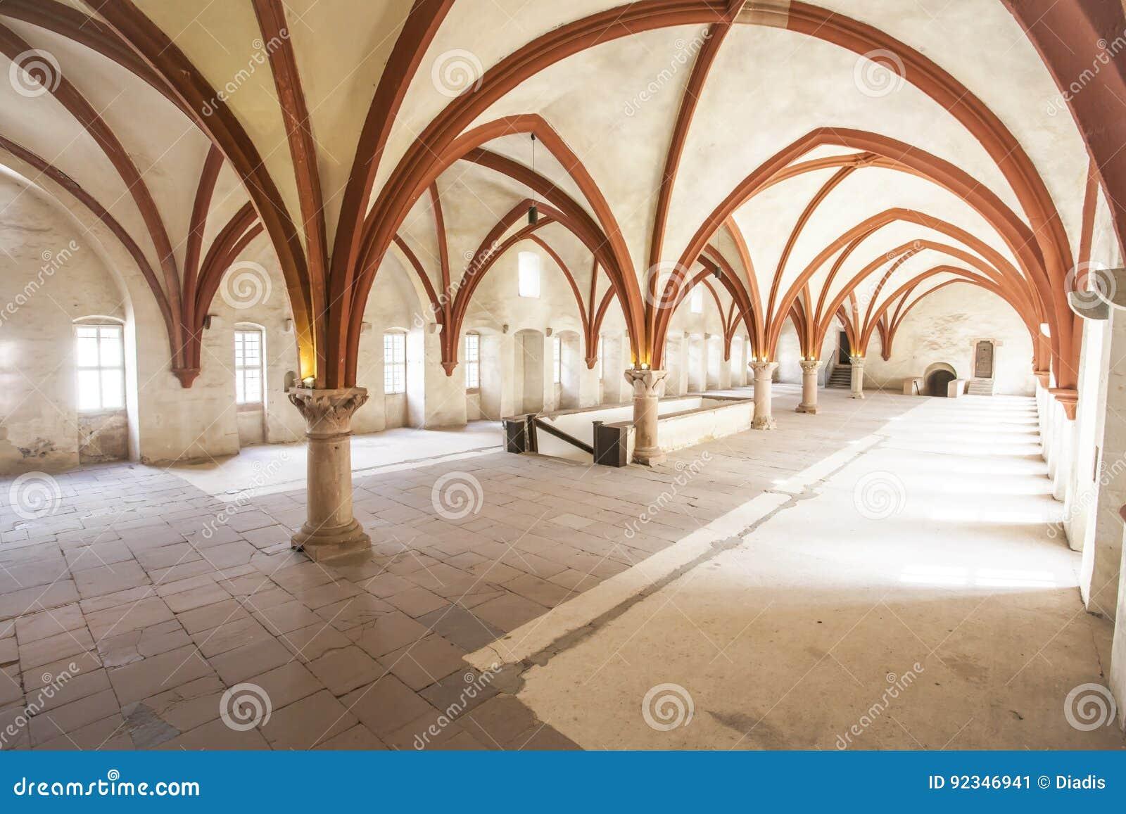 Michaelita dormitorium monaster Eberbach Niemcy