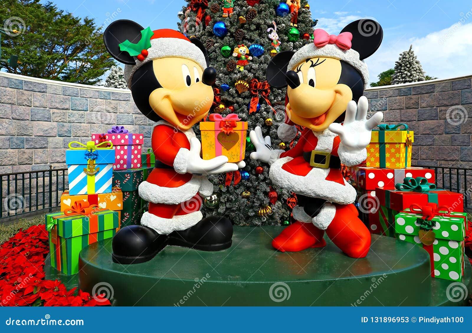 Mickey и оформление рождества мыши minnie на Диснейленде Гонконге