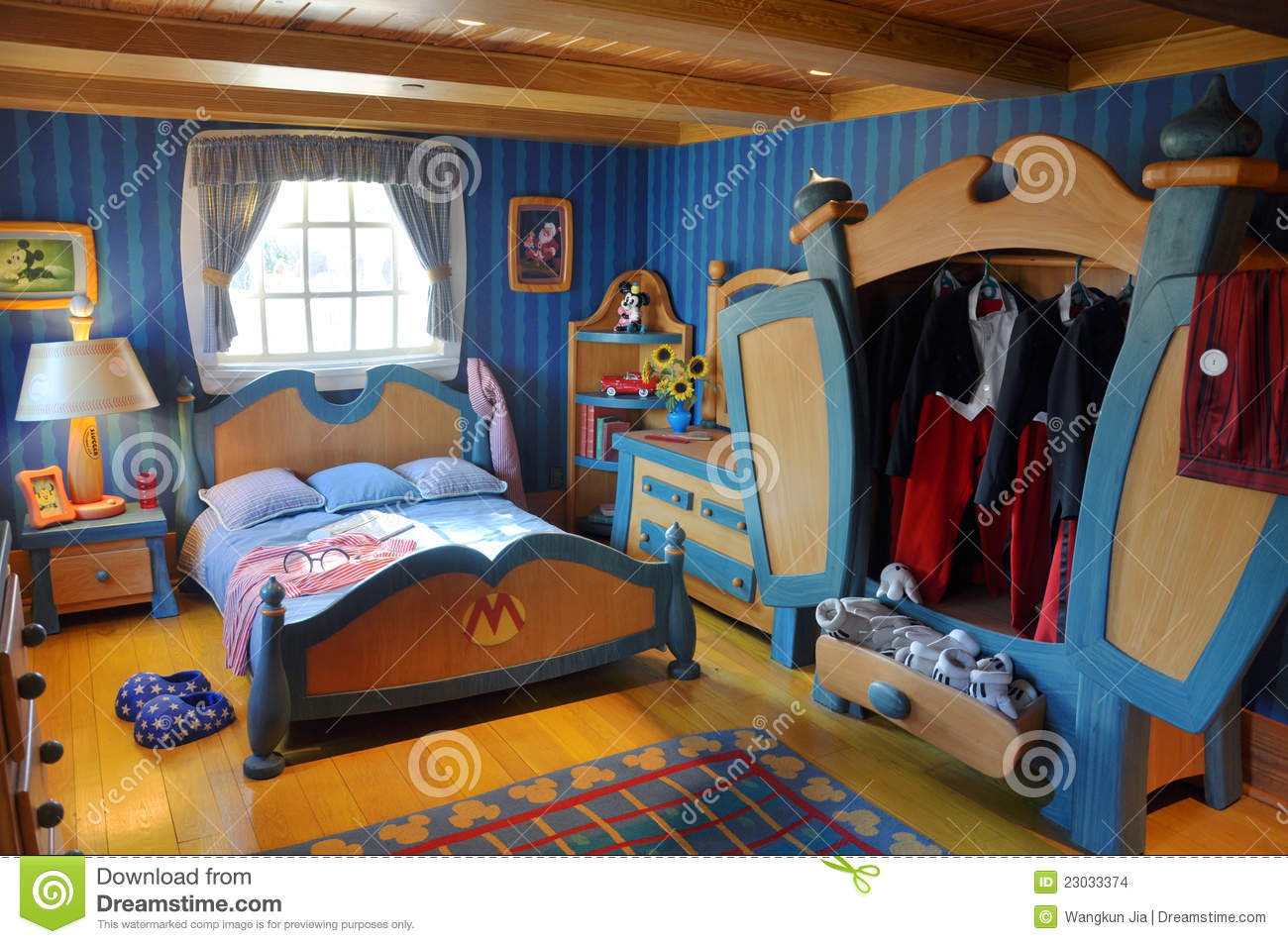 Mickey 39 S Bedroom In Disney World Orlando Editorial Stock Image Image 23033374