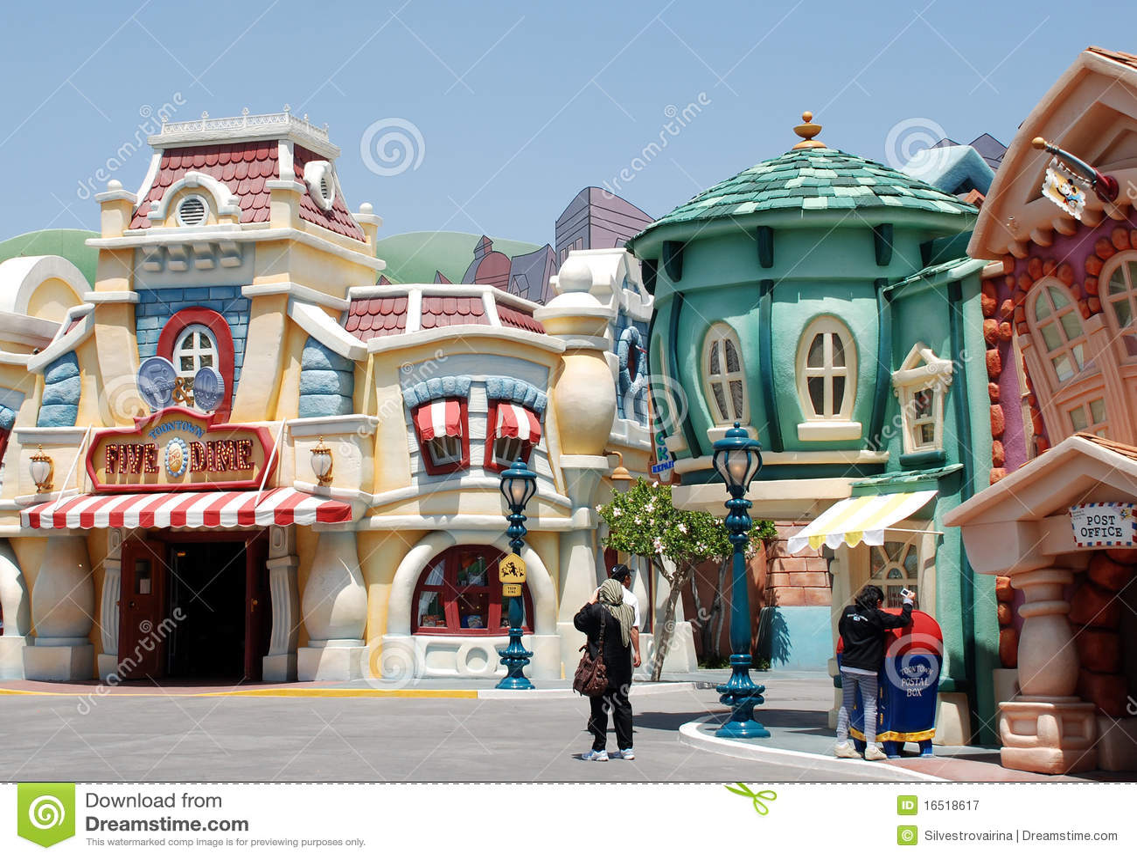 Mickey s toontown in Disneyland